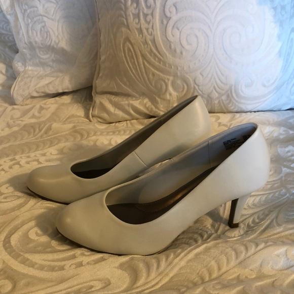 Women's white short heel